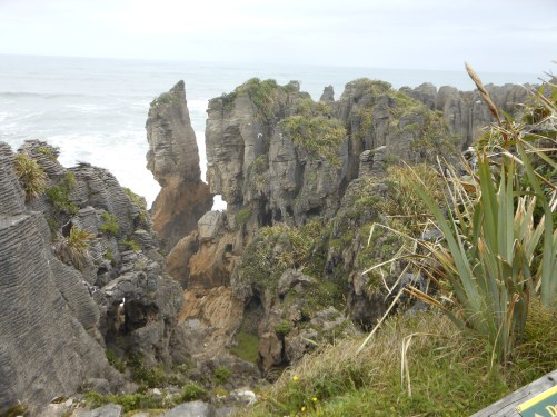 18. Pancake rocks, Dec 2015.JPG