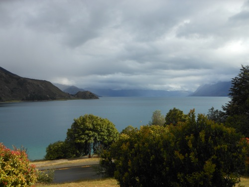 61. Lake hawea.JPG